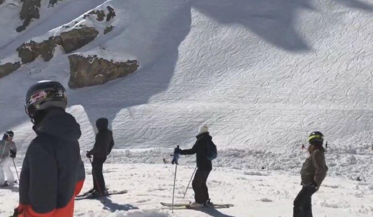 valanga investe sciatori