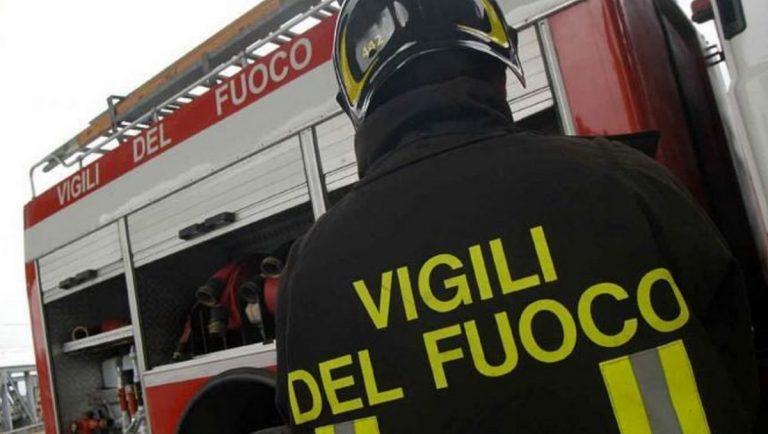 Incendio in un cinema di Firenze, intervengono i Vigili del Fuoco