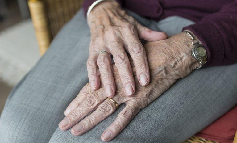 anziana violenza sessuale
