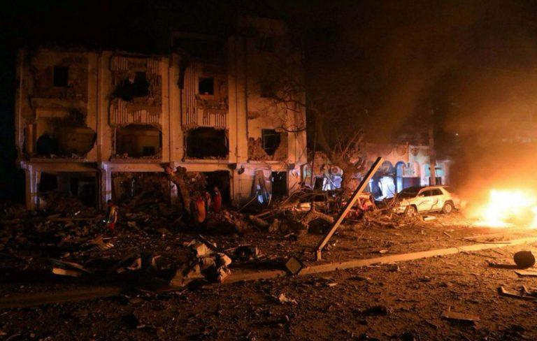 Somalia, attentato a Mogadiscio. Decine di morti