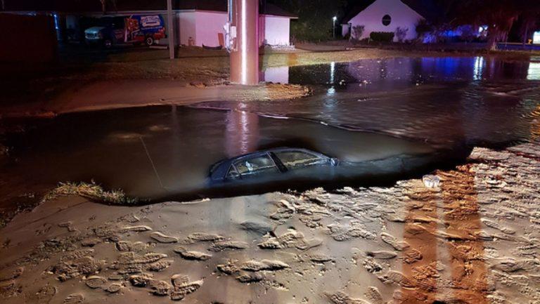 auto affonda idrante 768x433