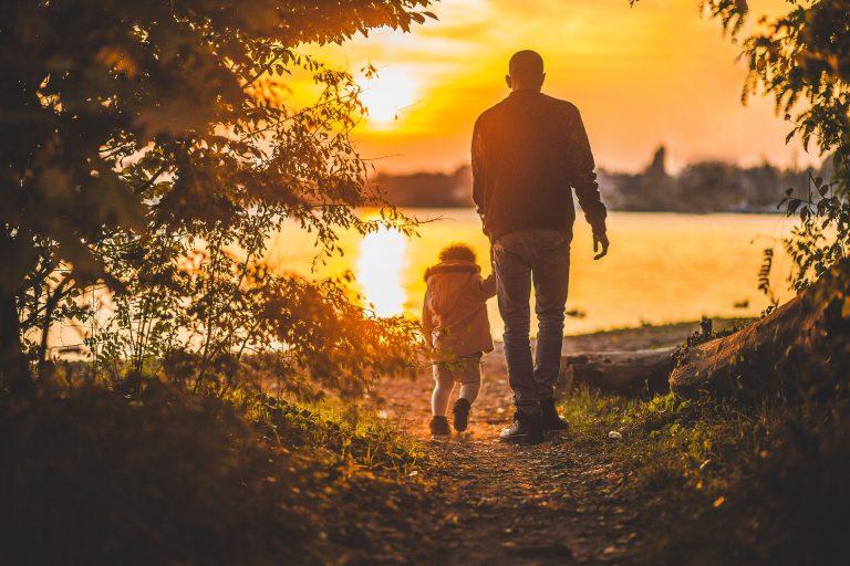 Idee Regalo Festa del Papà: le migliori per sorprenderlo