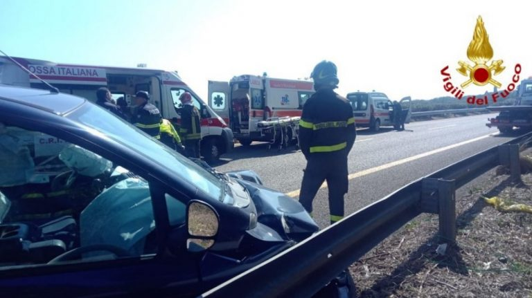 Grave incidente sull'autostrada A18