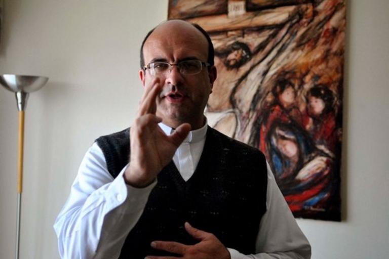 Costa Rica, prete accusato di pedofilia: scappa per evitare il carcere