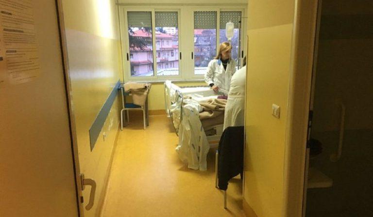 Vibo Valentia, rotto l'ascensore in ospedale: cadavere resta ore in reparto