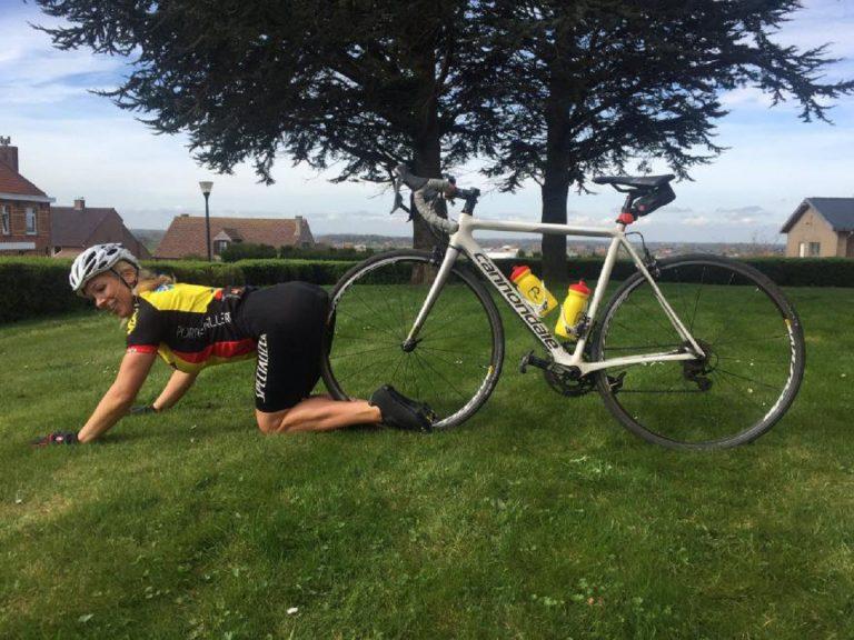 Pornostar in bicicletta, la federazione ciclistica britannica dice no