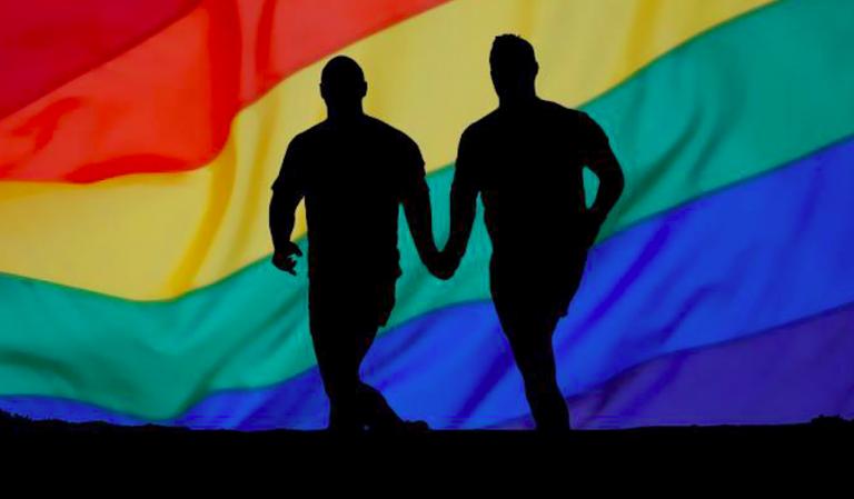 Ragazzi gay cacciati dal ristorante