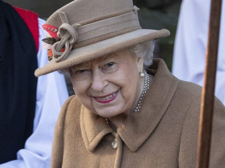 regina elisabetta morte 768x576