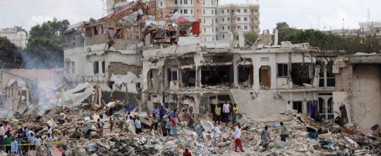 Somalia, attentato terroristico a Mogadiscio: decine di morti