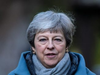 theresa may dimissioni