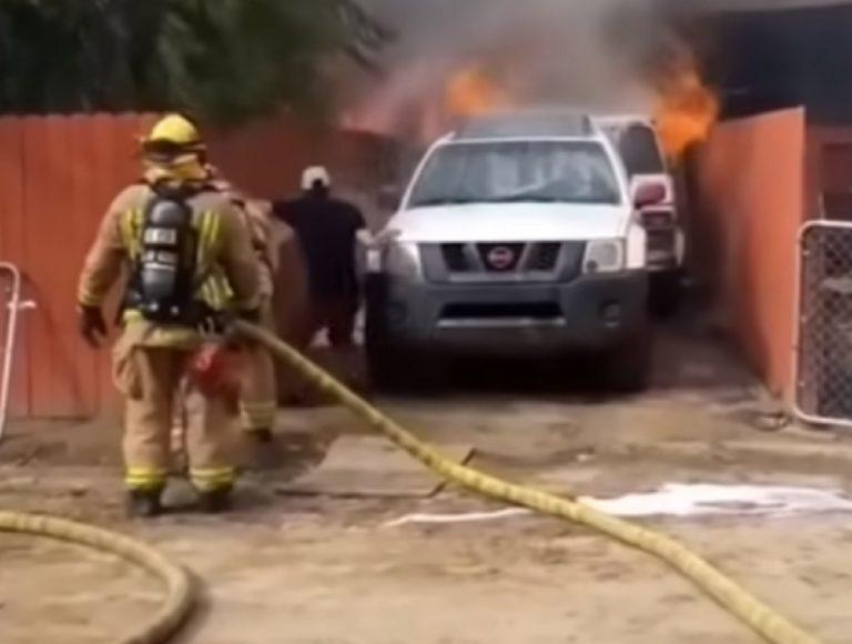 Uomo salva il proprio cane in un incendio