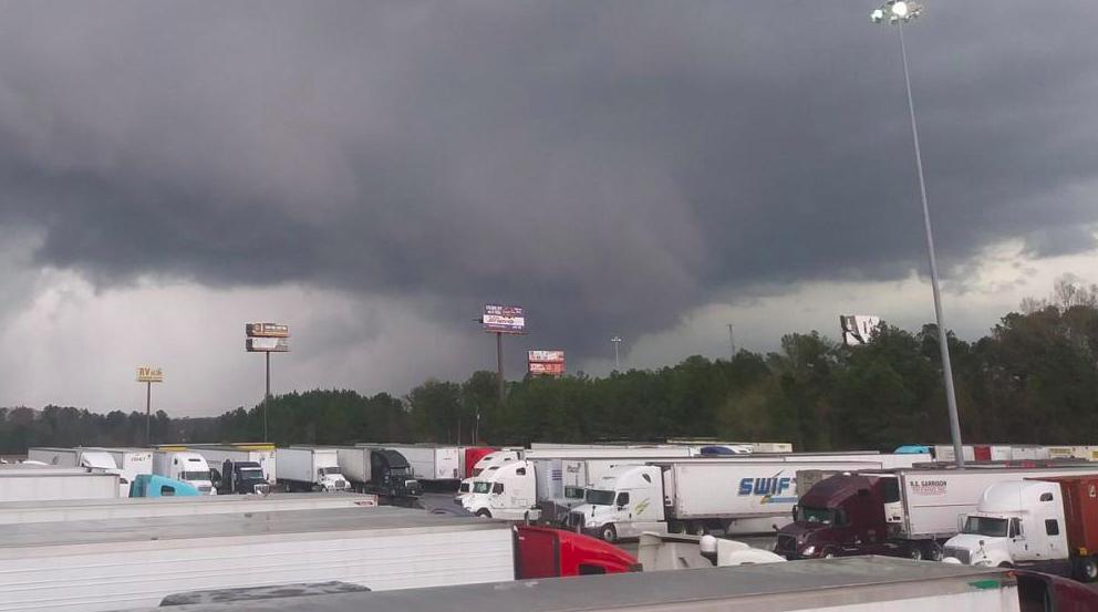 Usa, il tornado in Alabama