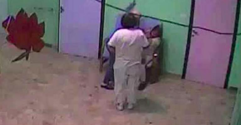 Anziani maltrattati in casa di riposo