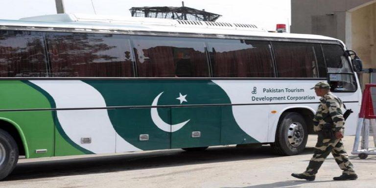 assalto bus pakistan