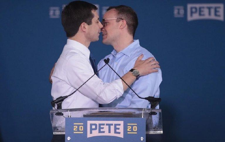 bacio Pete Buttigieg