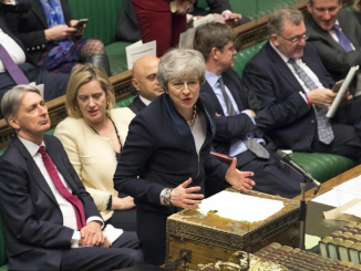 Brexit, legge boccia no deal