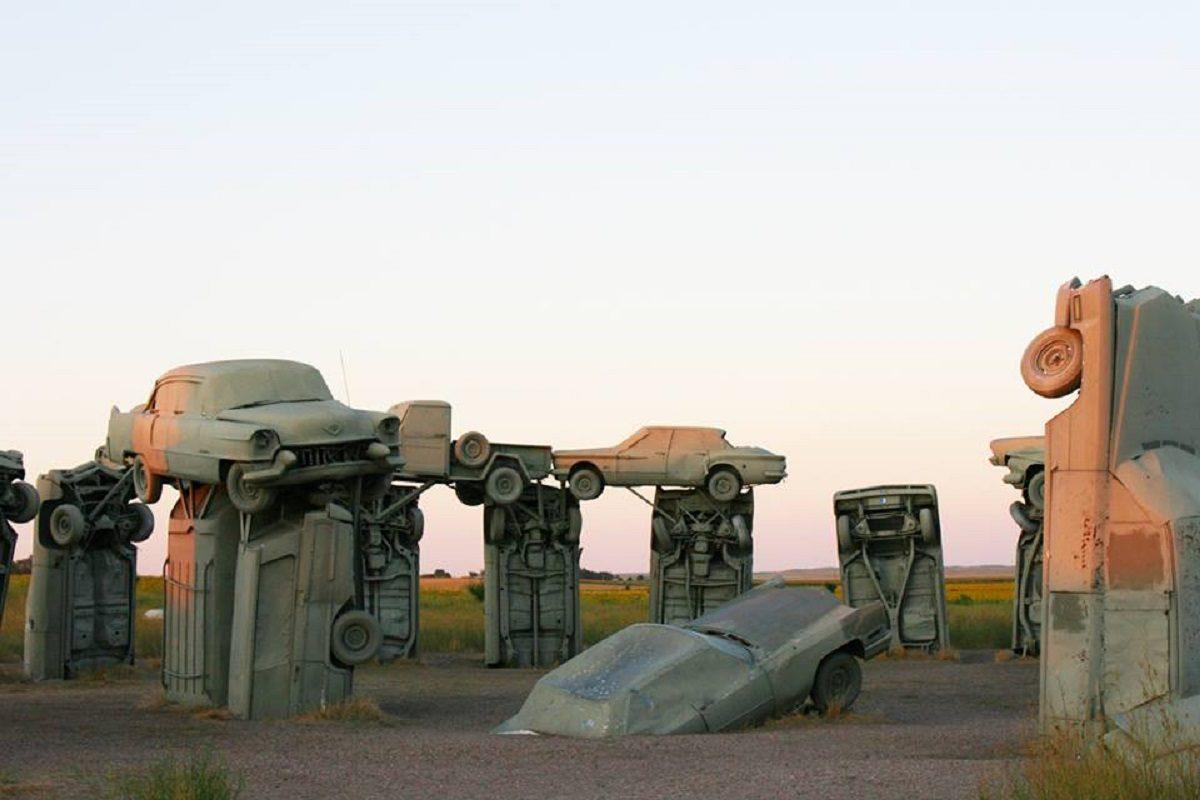 carhenge nebraska01 1200x800