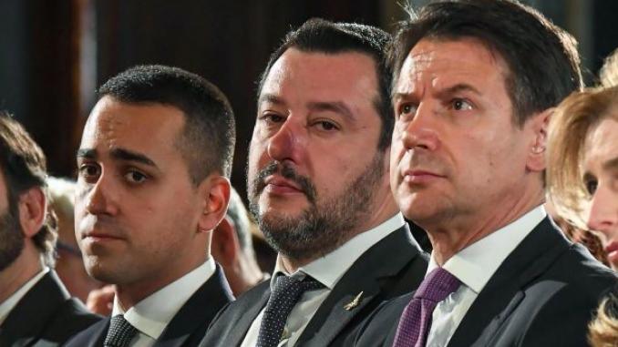 Conte contro Salvini