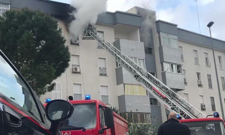 Incendio a Taranto, due morti