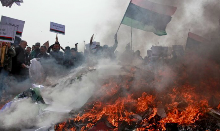 Libia, Haftar conquista aeroporto