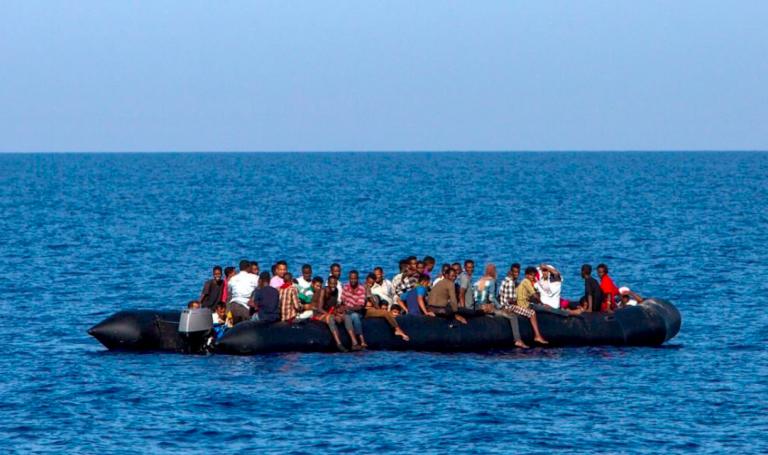 Migranti dispersi al largo della Libia