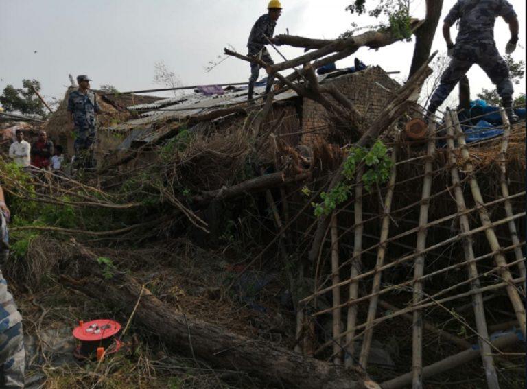 nepal temporale morti feriti 768x567