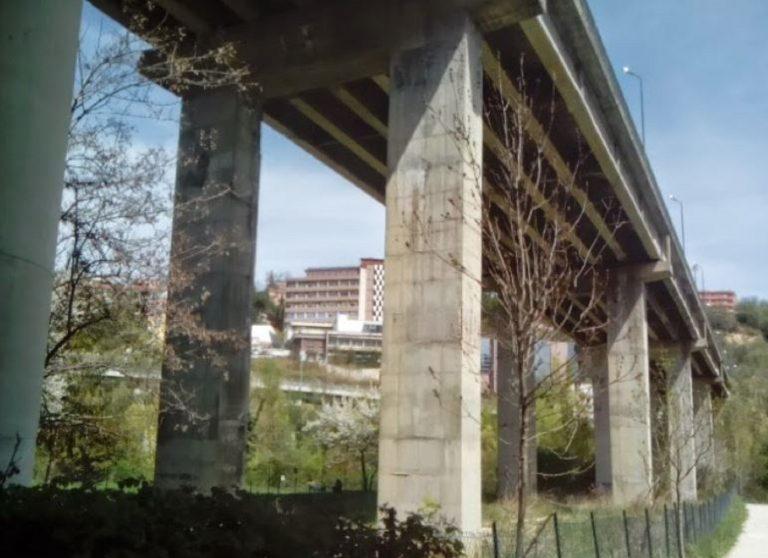 Abruzzo, trovato giudice giù da un ponte in gravi condizioni