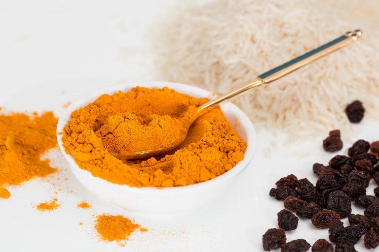 Curcuma in cucina: come sfruttarla per dimagrire naturalmente