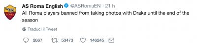 vietati i selfie con drake 400x94