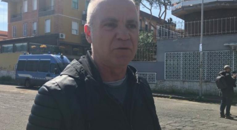 Walter buffetto Simone a Torre Maura