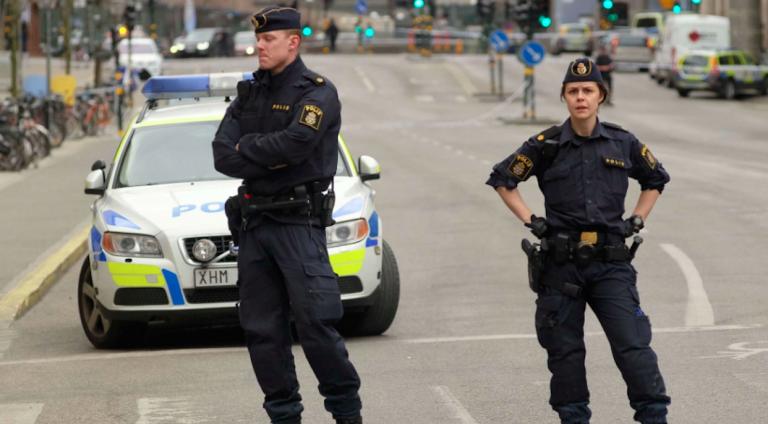 Donna ebrea accoltellata Svezia
