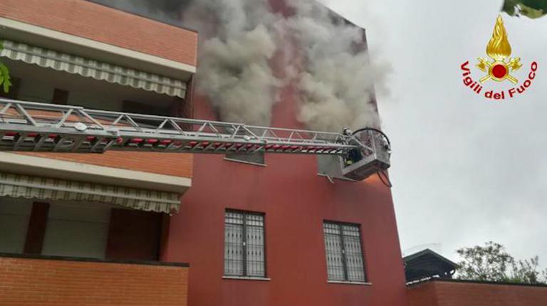 Incendio Brescia, un morto