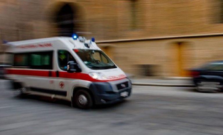 incidente milano auto moto