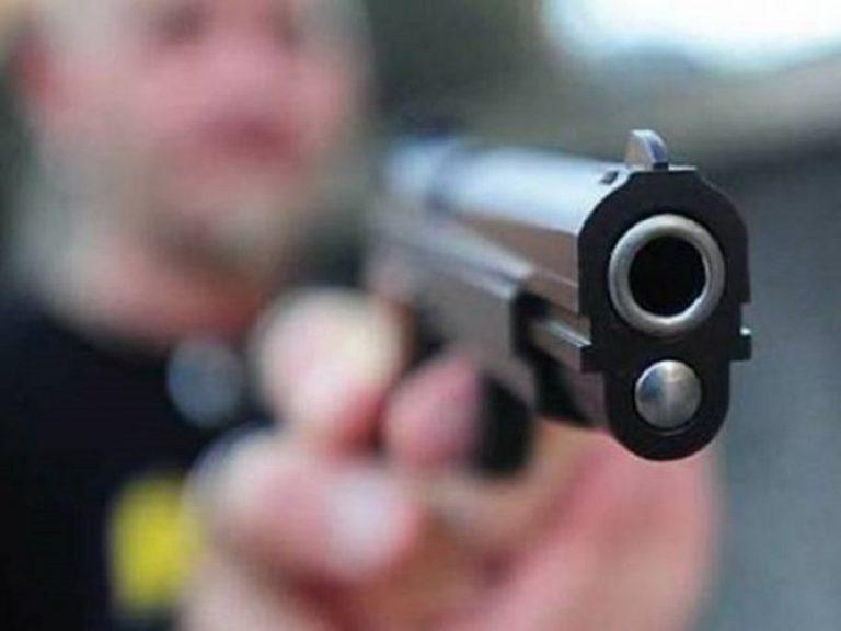 minaccia pistola