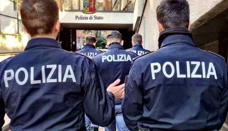 Poliziotto aggredito