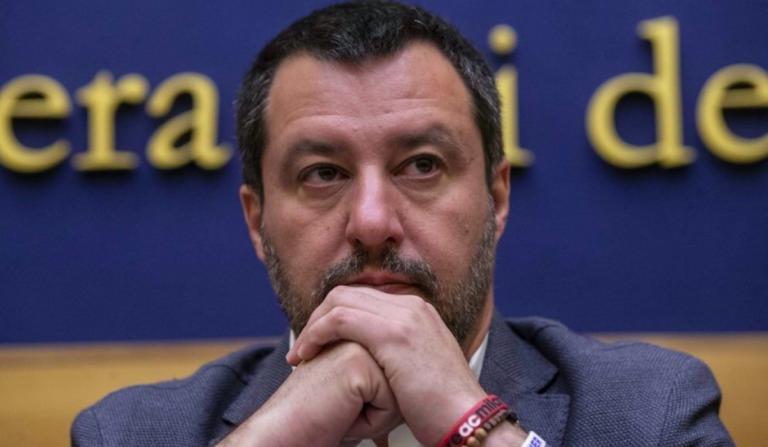 Salvini insulti M5S