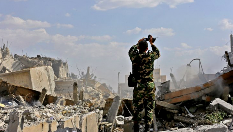 Siria, raid su mercato