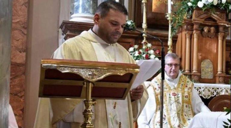 Cosenza, candeggina nel calice: sacerdote soccorso