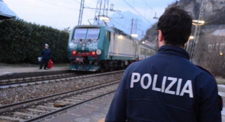 polizia treno