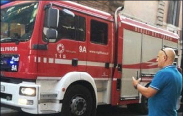 incendio centro storico roma
