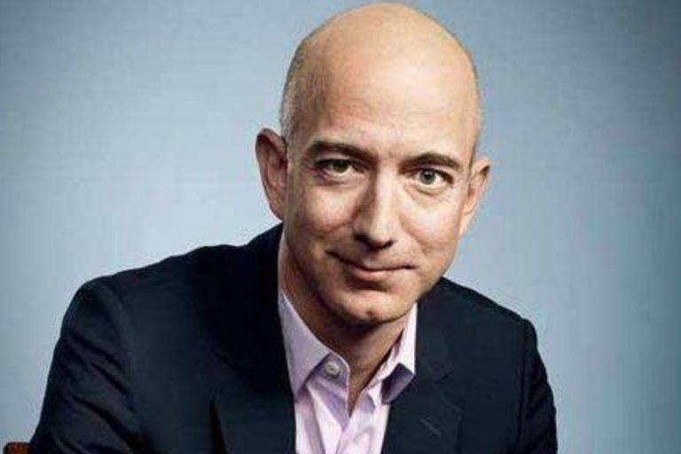Re del lusso Arnault batte Gates, è secondo paperone al mondo