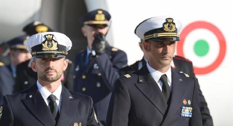 I due marò italiani, accusati di aver ucciso due pescatori indiani