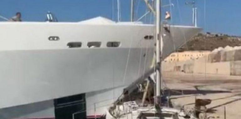 maxi yacht distrugge barca