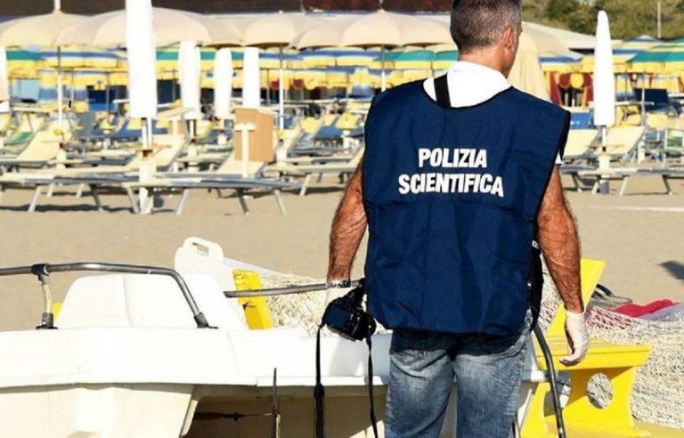 Ragazza violentata in spiaggia ad Ancona