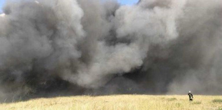 Roma incendio deposito materiali