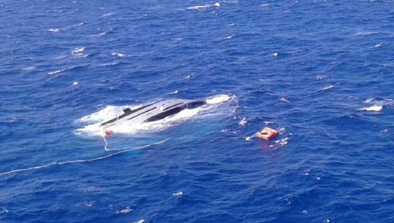 sardegna affonda yacht