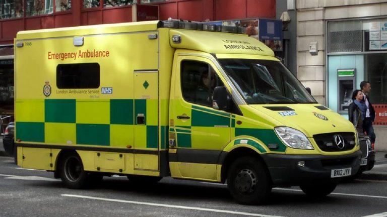 ambulance 13 anni si impicca