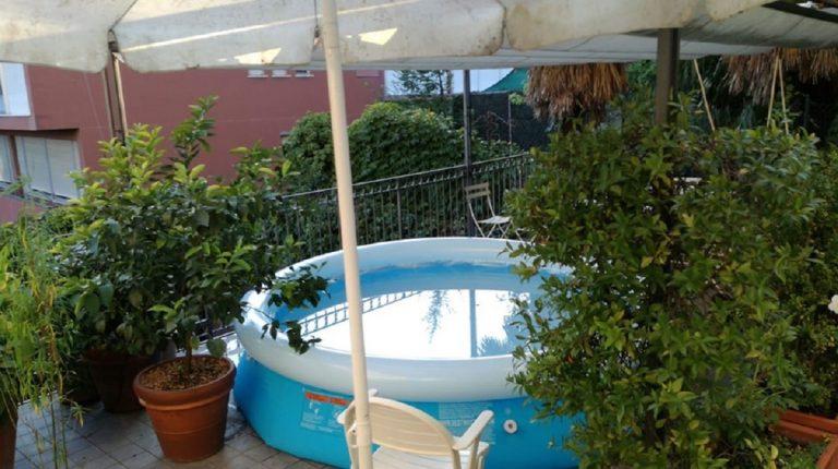 annega piscina gonfiabile