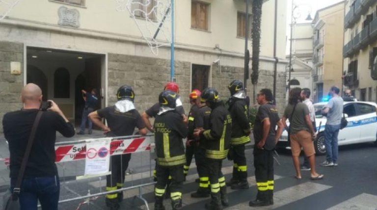 attentato palazzo vescovile di Avellino