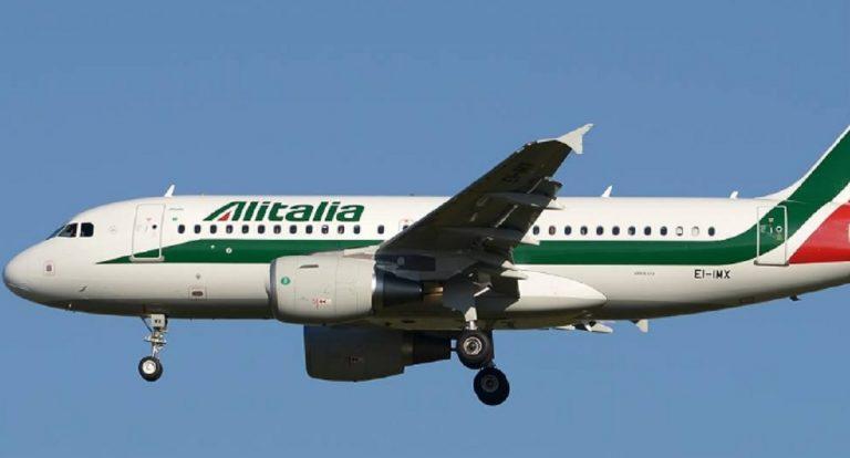 atterraggio di emergenza per volo Alitalia